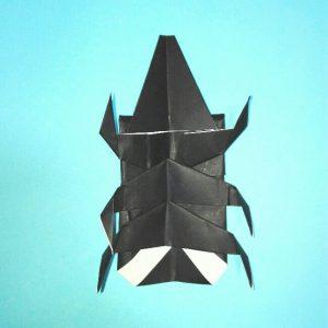 折り紙の折り方+カブトムシ(平面)2枚で簡単 16